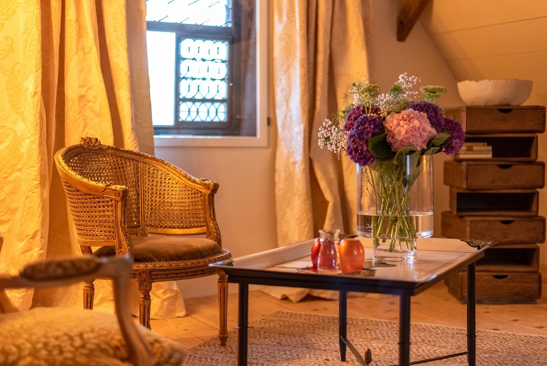 keiserskammer-bedandbreakfast-zimmer-übernachtung-lounge-suite-bettwil-freiamt